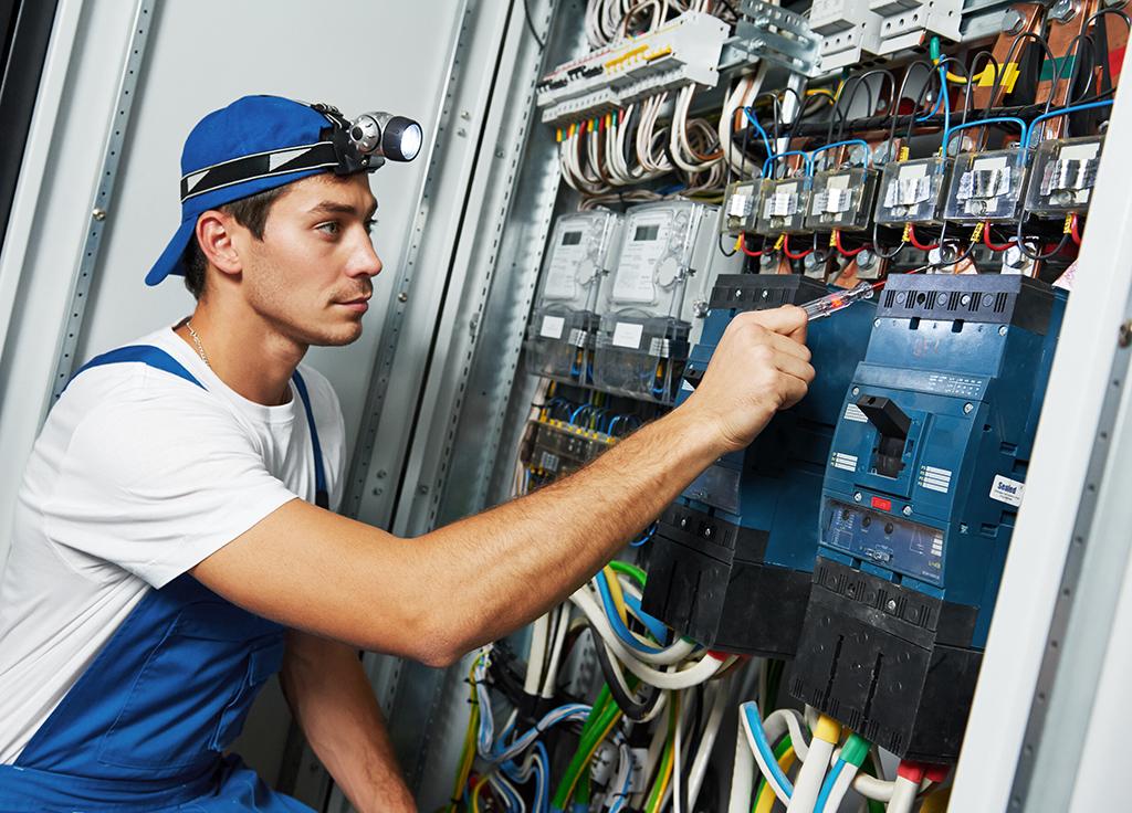 Смешные картинки про электриков на рабочий стол